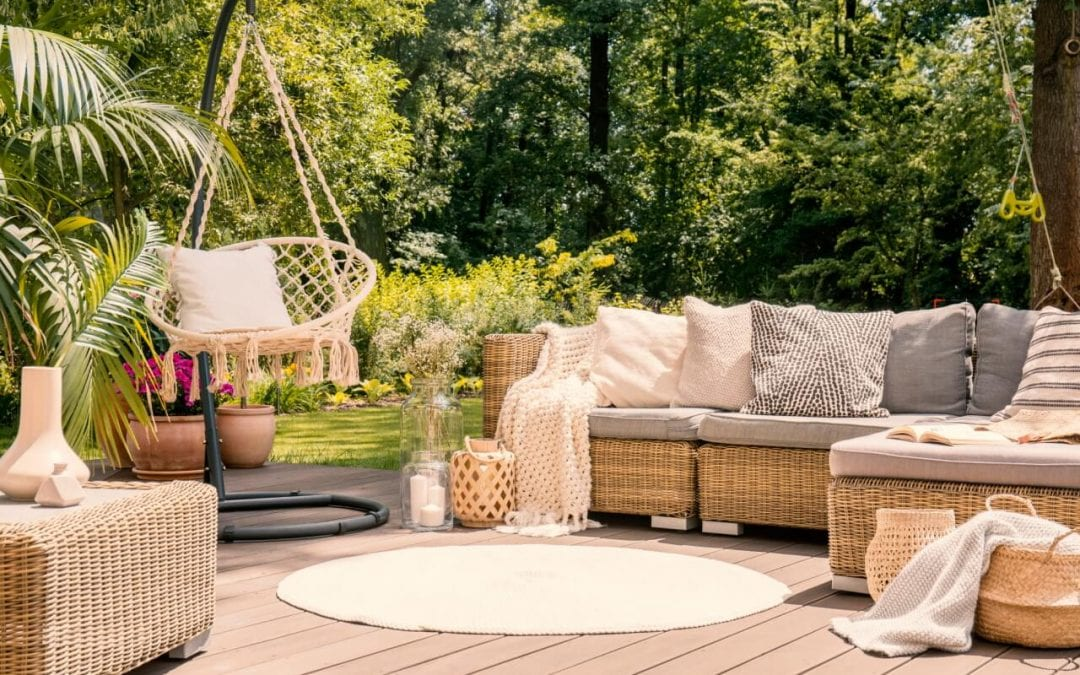 7 Great Ideas for Patio Storage